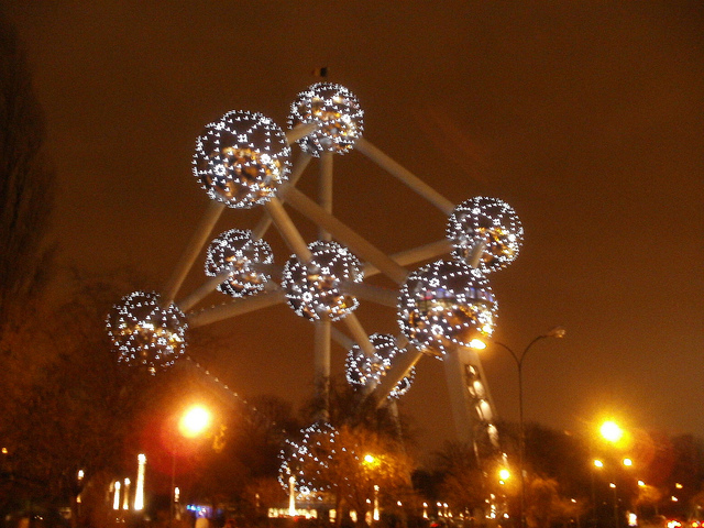 atomium bruselas 640