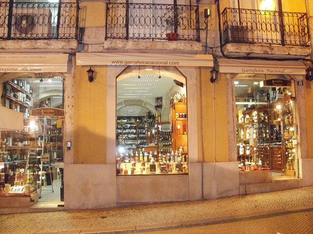 Garrafeira Nacional y GN Cellar donde beberse Lisboa