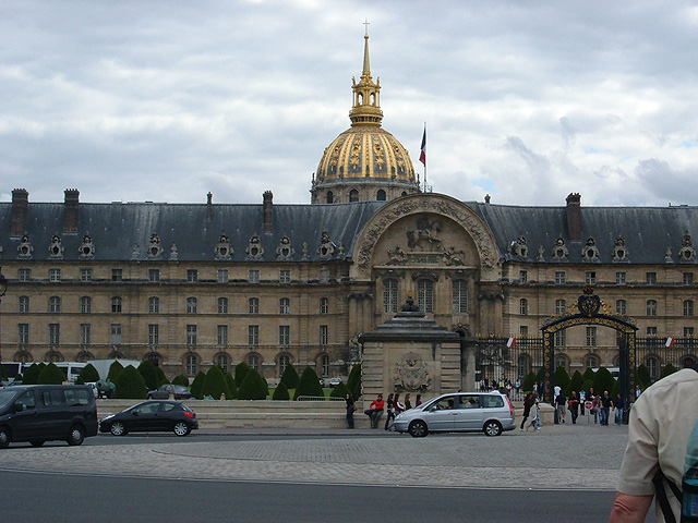 Napoleón en Paris, L'Hôtel des Invalides