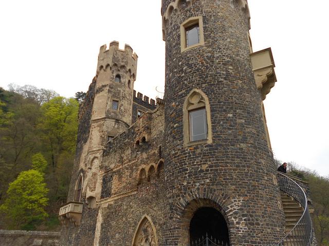 Rheinstein--un-castillo-de-ensueño-a-la-orilla-del-Rin640