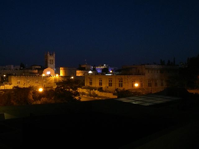 vistas-nocturnas-leonardo-jerusalen