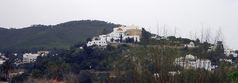 Un Sábado de Febrero en Santa Eulalia, Ibiza