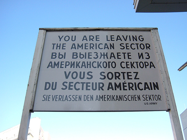 checkpoint-charlie-640