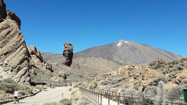 Qué tienes que saber para visitar el Teide en Tenerife tanto de día como de noche