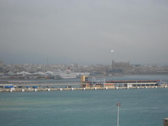 Lo que tienes que saber del transporte marítimo en España (I)
